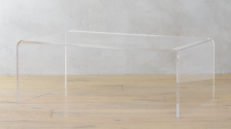 Acryl-tisch